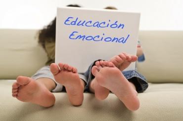 ESCUELA DE PADRES «Educación emocional»